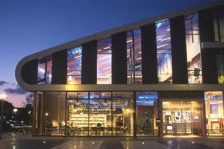 Bioscoop Wolff Huizen : Bibliotheek huizen huizen netherlands meetingselect